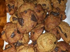 Biscotti morbidi noci e cioccolato