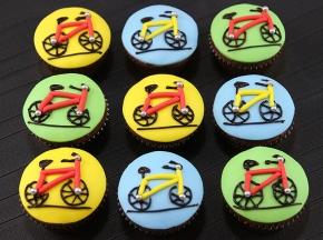 Cupcake decorati a tema bicicletta