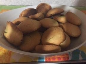 biscotti ripieni di pistacchio