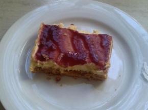 cheesecake con cacao e marmellata di lamponi