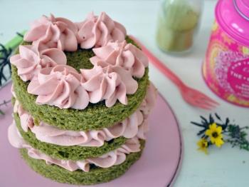Naked cake al tè matcha