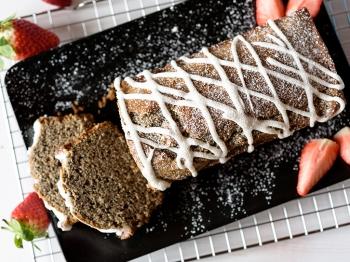 Plumcake al grano saraceno aromatizzato alla mandorla