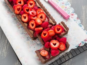Crostata con crema frangipane al cioccolato