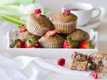 Muffin di grano saraceno e frutti rossi