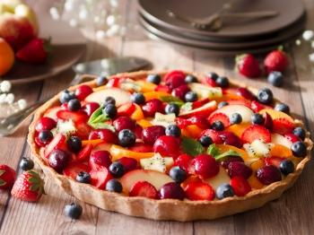 Crostata di frutta con frolla al farro