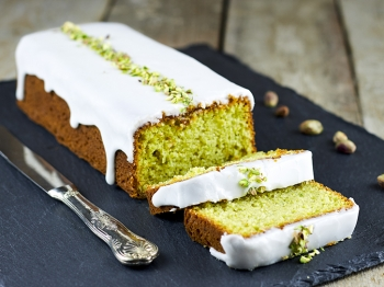 Avocado lemon cake