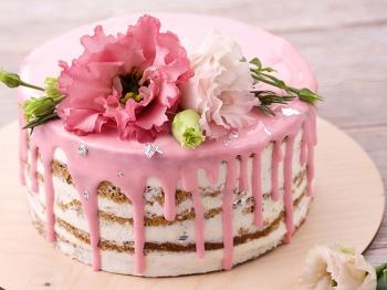 Naked cake: la torta che si reinventa naturalmente