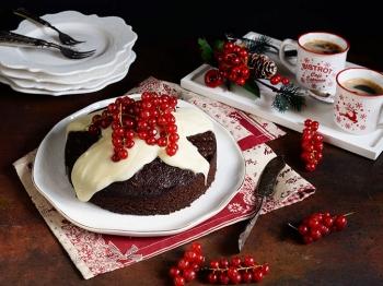 Torta Ciobar al cioccolato bianco e ribes