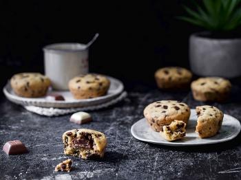 Tortine cookies con nocciole e cuore di cioccolato