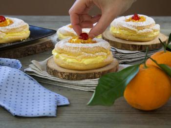 Zeppole al forno arancia e zafferano