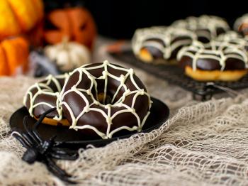 Ciambelline ragnatela alla vaniglia