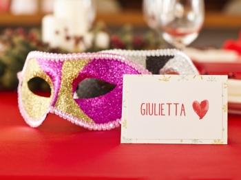 Due cuori e una maschera: la cena di coppia per Carnevale