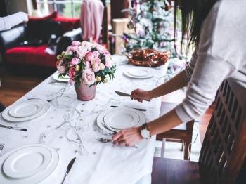 Apparecchiare la tavola in modo originale per 3 serate diverse