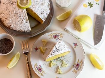 Sono tanti i dolci in cui si può usare la scorza di limone: ecco 5 ricette