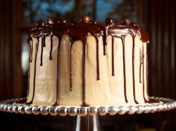 3 idee originali e sfiziose di ricette per la vostra drip cake