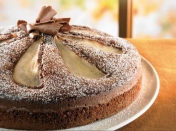 Torta cioccolato e pere: la ricetta di un dessert goloso e sfizioso