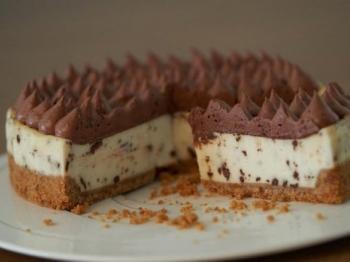 Cheesecake con la mousse: la ricetta di un dessert goloso e sfizioso