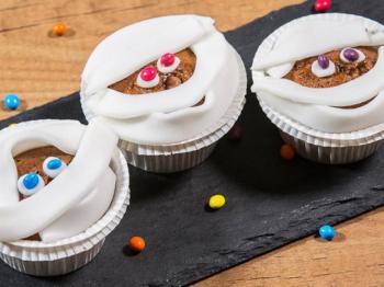 Fantasia, creatività e immaginazione: come decorare i piatti dei bambini con il cibo