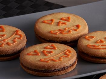 La ricetta dei frollini di Halloween: ingredienti, preparazione e un segreto per voi