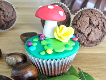 "Muffin con castagne decorati a tema ""bosco"""