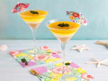 Ombre cheesecake al mango in bicchiere