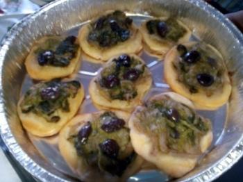 Pizzette di scarole e olive!