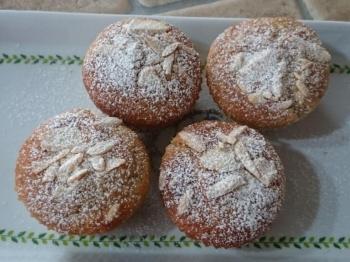 Muffin al profumo di mandorle