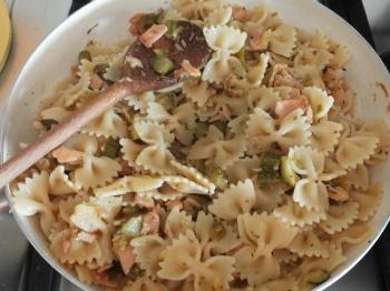 Farfalle zucchine e salmone affumicato