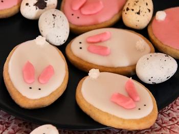 Biscottini di Pasqua a forma di coniglietto