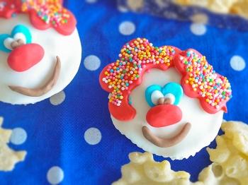 Muffin di Carnevale a forma di pagliaccio