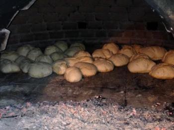 Pane al forno a legno