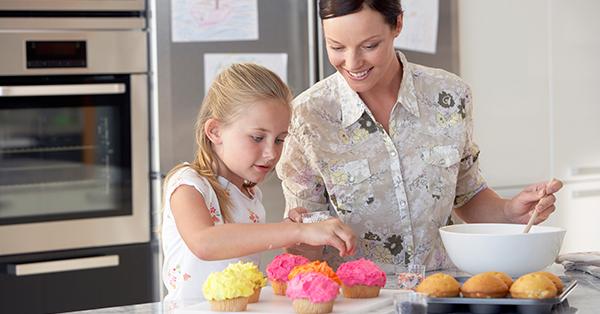 Cucinare con i bambini idee divertenti senza cottura dolcidee - Cucinare coi bambini ...
