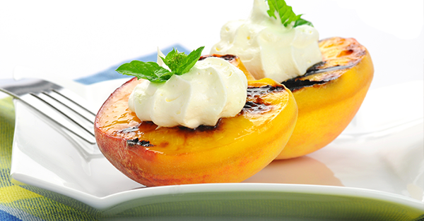 Frutta grigliata: l''alternativa estiva al dessert