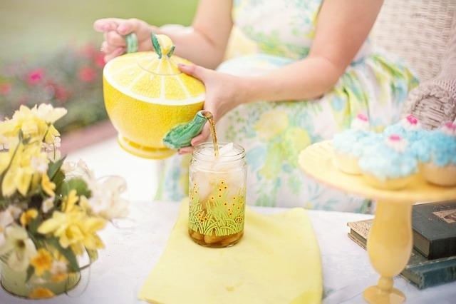 L'ora del tè: le regole d'oro per servirlo