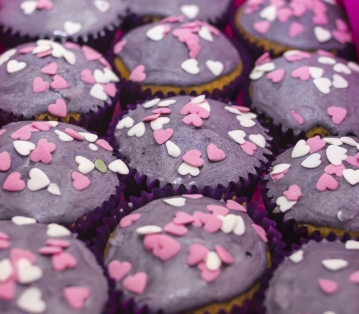 Creatività a tavola: come decorare i muffin con 7 idee