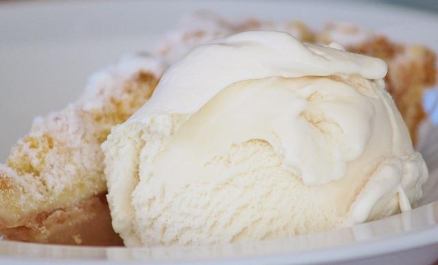 5 modi per gustare il gelato e usarlo nei dolci