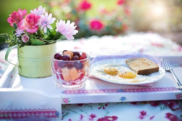 Torte e curiosità per la prima colazione