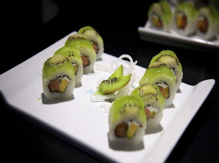 Che cos'è il sushi dolce? Scoprite con noi il frushi, un originale dessert di riso