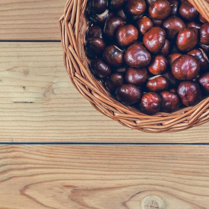 La ricetta tradizionale del castagnaccio e le sue origini