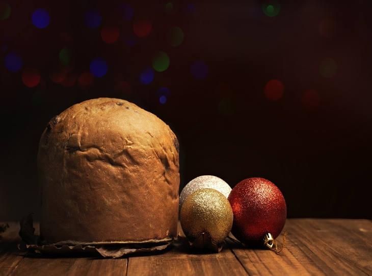 Tante idee originali per servire il panettone a Natale
