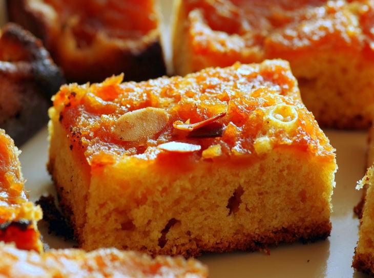 Scoprite quanti dolci deliziosi si possono fare con la farina di mandorle
