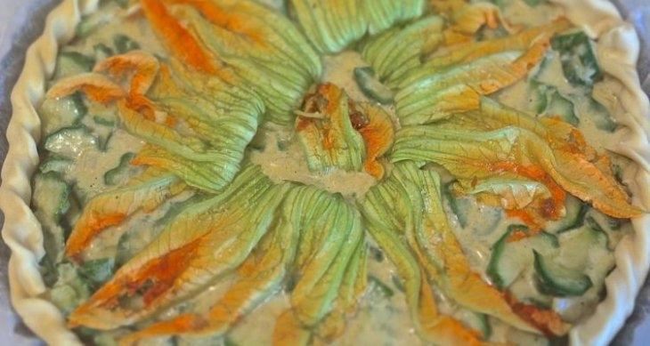 Torta salata ai fiori di zucca: piatto buono e facile da preparare