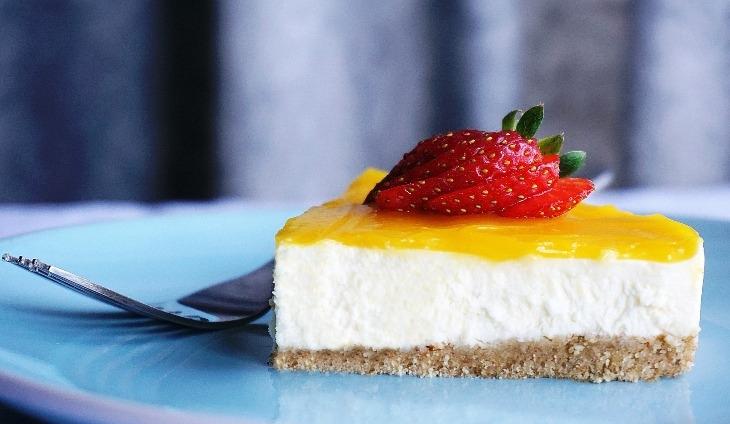 Cheesecake: come realizzare la guarnizione senza colla di pesce