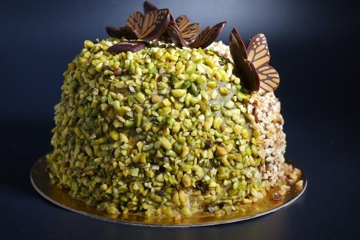 Semifreddo al pistacchio e cioccolato: la ricetta per un dolce fresco e gustoso