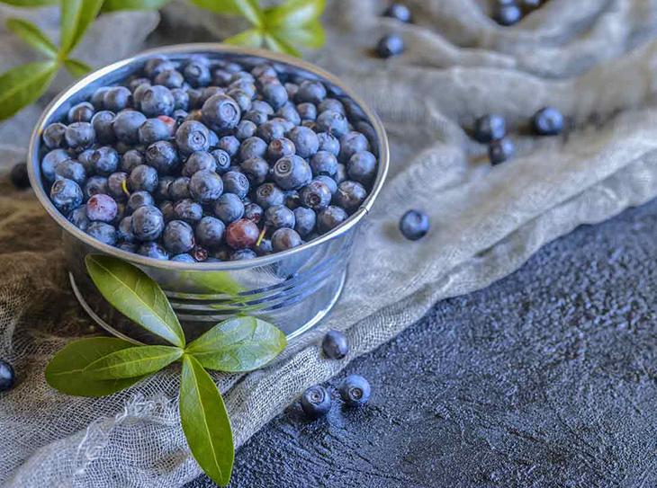 Il blu, il colore dell'anno anche in cucina