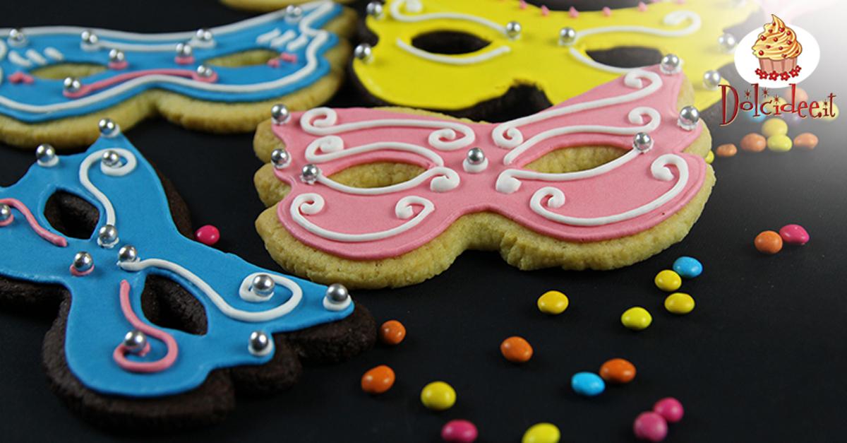 alta qualità completo nelle specifiche online in vendita Biscotti mascherine di Carnevale