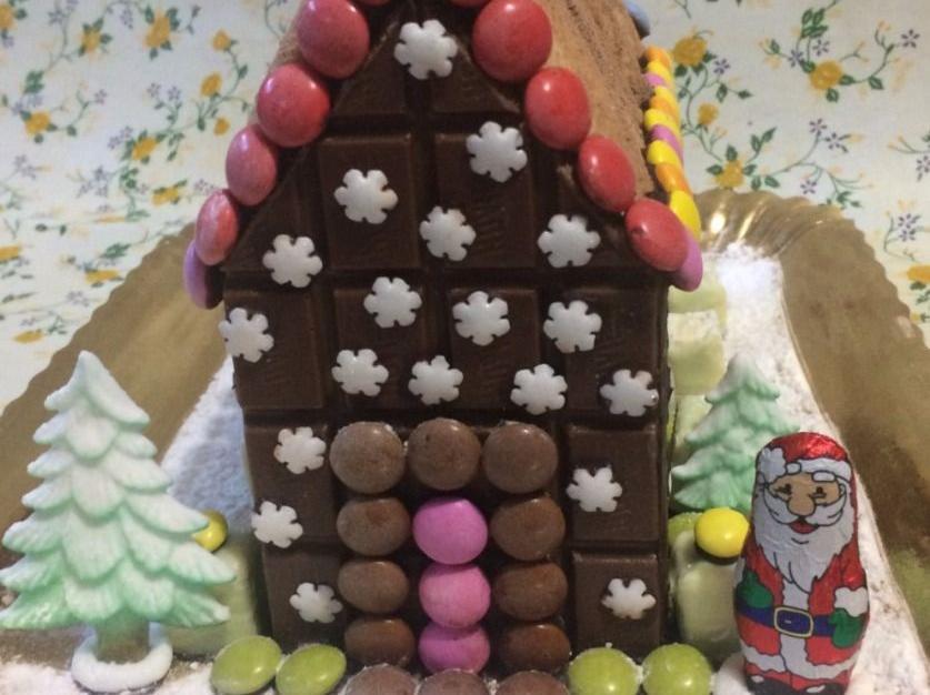 Casetta Di Natale Di Cioccolato : Ricetta casetta di cioccolato