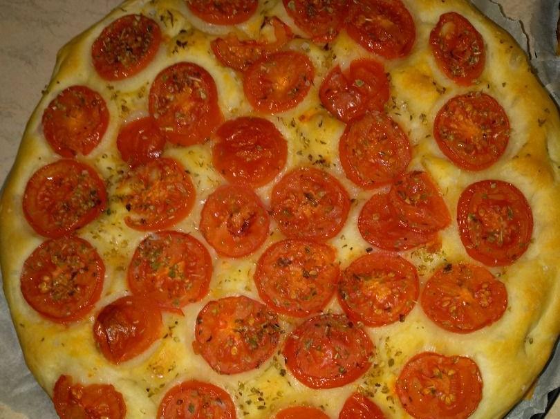 Ricetta Focaccia Con Pomodorini.Ricetta Focaccia Semplice Con Pomodorini Dolcidee