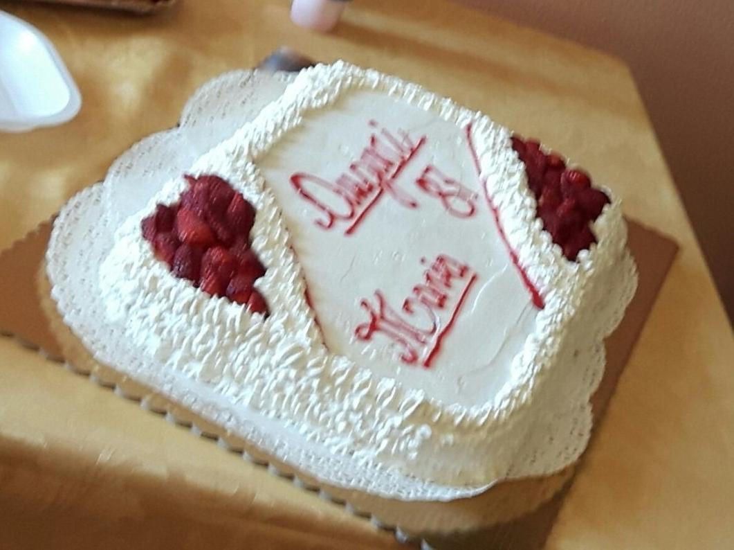 Torta Di Compleanno 2018 Per Mia Nonna Pan Di Spagna Alla Crema Pasticcera E Fragole