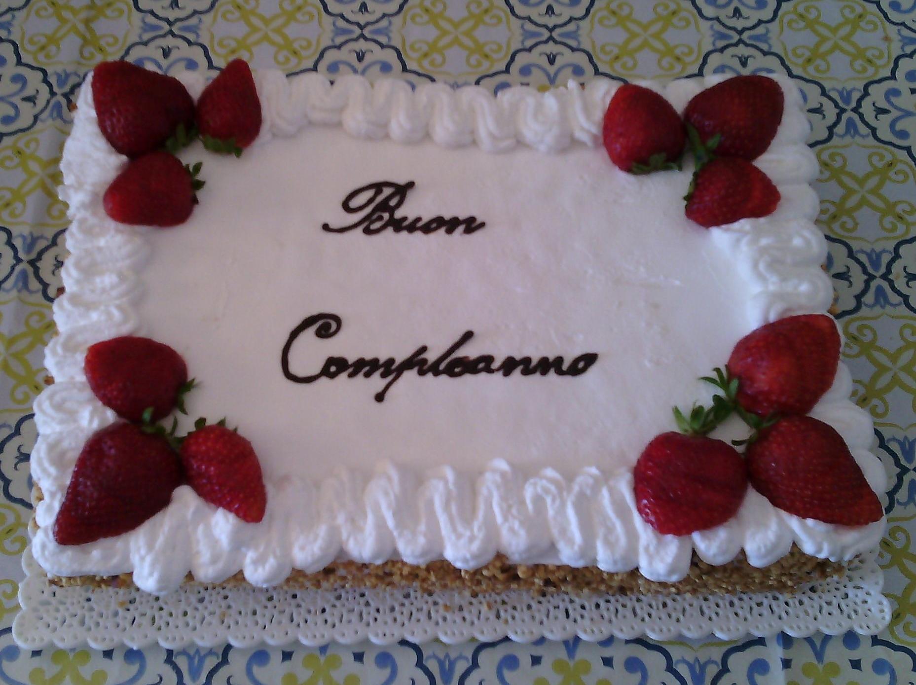 Torta Buon Compleanno Mamma.Ricetta Torta Buon Compleanno Veloce Dolcidee
